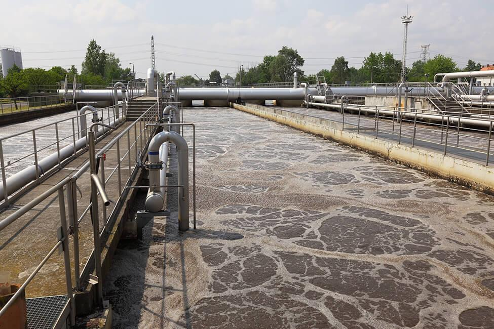 pH probes for wastewater treatment